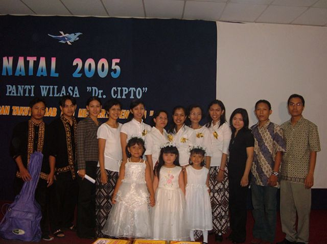 KEGIATAN NATAL 2005